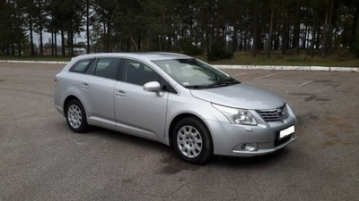 toyota avensis t27 2 0 d 4d kombi 2009 rok f vat. Black Bedroom Furniture Sets. Home Design Ideas