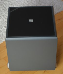 KEF PSW 2000
