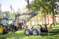 Przyczepa leśna BMF 12T2 PRO z żurawiem 720 ultra
