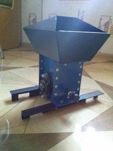 Maszynka Do Luskania Orzechow Wloskich I Laskowych 6334369426 Oficjalne Archiwum Allegro