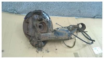 piasta tył prawa wahacz Toyota RAV4 II