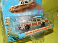 GREENLIGHT  WAGON QUEEN FAMILY VACATION TRUCK 1:64