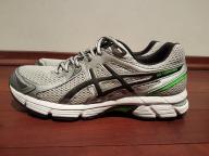 Buty do biegania ASICS GEL StormHawk r.44 Jak nowe