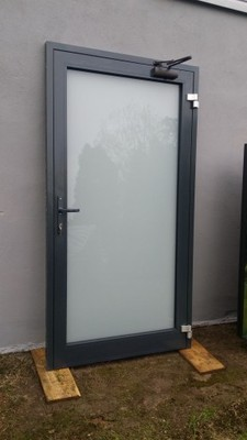 Drzwi aluminiowe do biura,sklepu,warsztatu