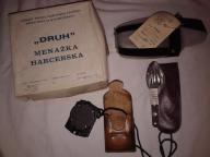 Zestaw - menażka DRUH, kompas, niezbędnik i bidon.