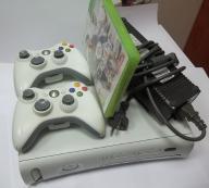 XBOX 360 + FIFA + 2 PADY + ZASILACZ