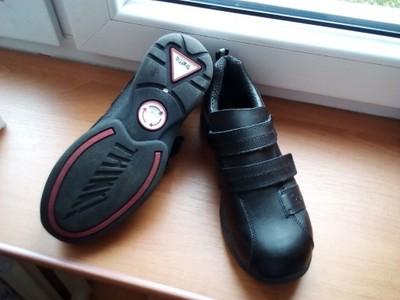 Porządne , skórzane buty sportowe TRAFFIC - 36-37