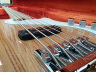 Fender American Deluxe Dimmension Bass V NAT
