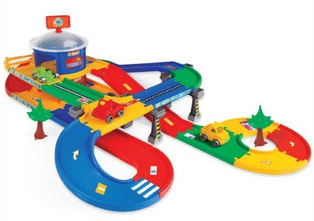 Kid Cars 3D - garaż z trasą 5,5m, Wader, 53130