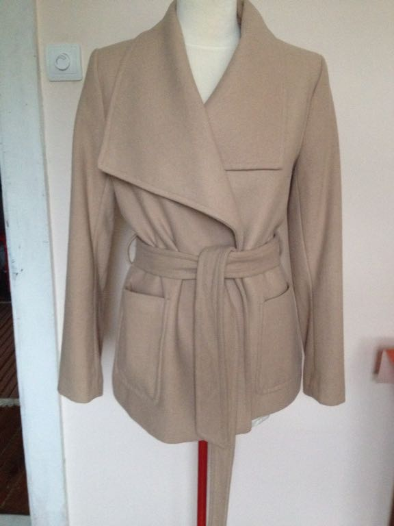 H&M Elegancki beżowy płaszcz na jesień 36 Zdjęcie na imgED