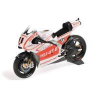 MINICHAMPS Ducati Desmosedici GP13 #11 Ben Spies