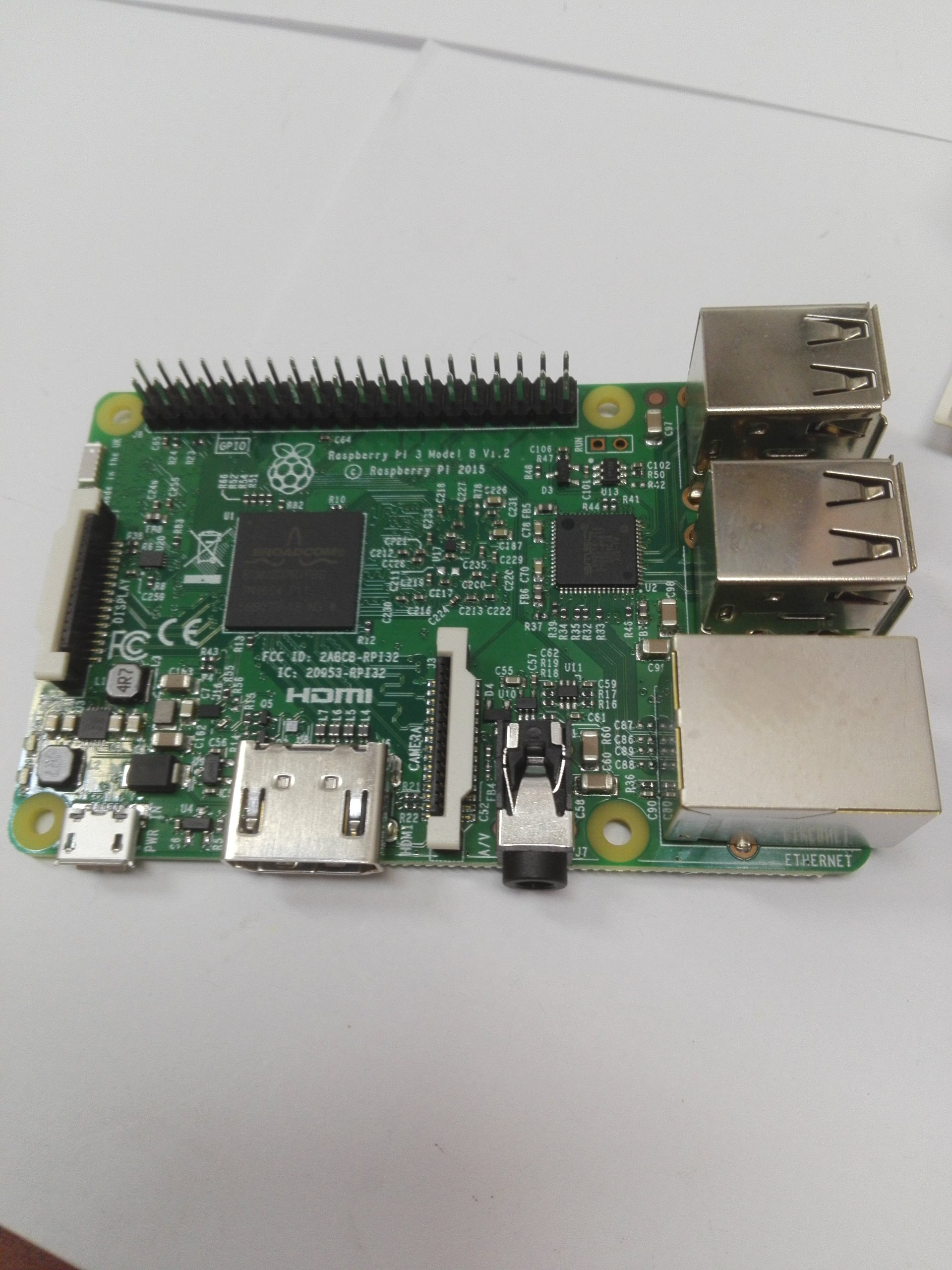 B63 Komputer Raspberry Pi 3 Model B