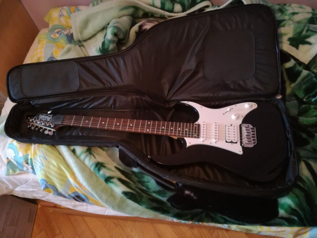 gitara Ibanez GRG140 BKN + piec Marshall MG15CF