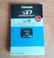 TOSHIBA  xD 2GB.