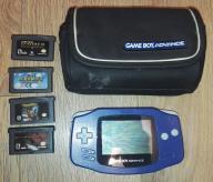 Game Boy Advance + Gry + Etui