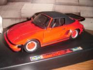 Revell Metal - Porsche 930 Turbo Slant Nose 1:18