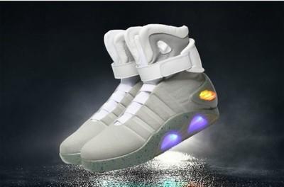 Buty Powrót do Przyszłości Przeszłości LED USB