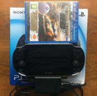 SONY PLAYSTATION PS VITA WIFI 4GB JAK NOWA +GRA