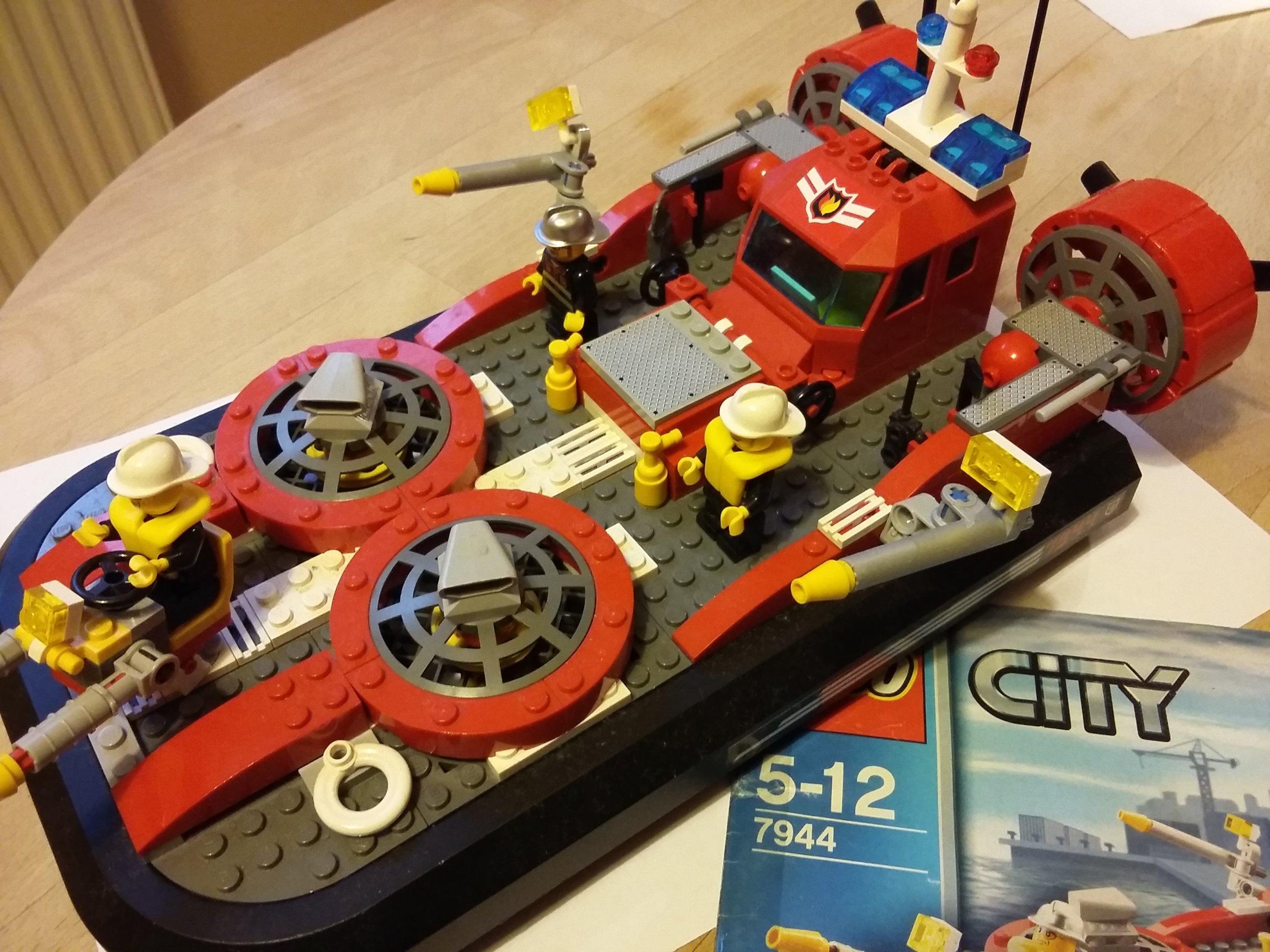 Lego City 7944 Poduszkowiec Straż Pożarna 7049614659 Oficjalne