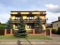 Duży, komfortowy i zadbany dom z piękną działką!