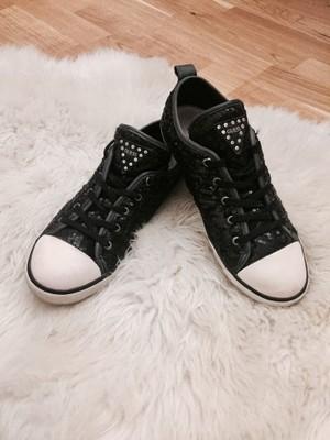 czarne sportowe buty w cekiny GUESS (trampki)