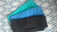 Super modny zestaw trzech par kolorowych spodni S