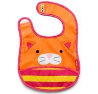 Śliniak z kieszonką Zoo Skip Hop Kot