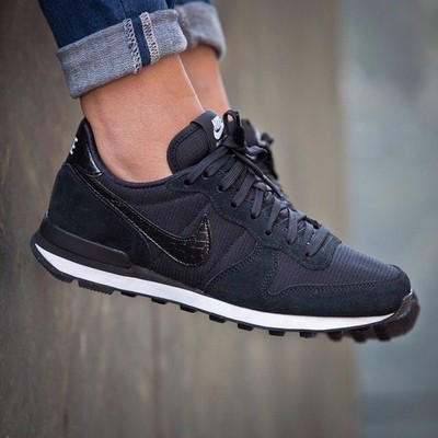new arrivals a8d8c e3ef5 Nike Damskie 38 czarne adidasy