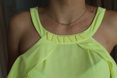 c547bc727c sukienka neonowa żółta S 36 plecy kokarda asymetr - 6856972528 ...
