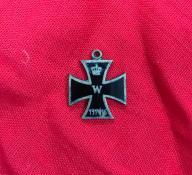 Krzyż niemiecki oryginał emalia zawieszka.