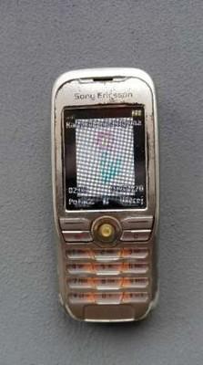 Telefon sony ericsson k500i sprawny z ładowarką Galeria