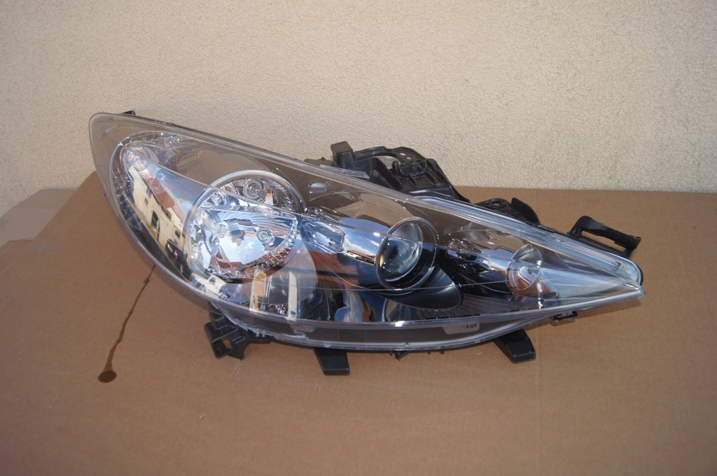 lampy led peugeot 207 rc