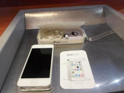 Ipod Touch 5g 32gb Silver Pudelko 6661672392 Oficjalne Archiwum Allegro