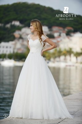 Suknia ślubna Afrodyta Berberys Herve Krótka 6927825240