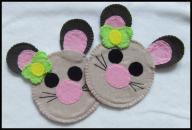 prezent podkładka z FILCU myszka dla MYSZKI cudna