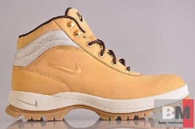 TRAPERY ŚNIEGOWCE NIKE MANDARA 43 buty markowe