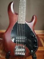 gitara basowa 5 strunowa z akcesoriami