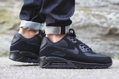 Nike AIR MAX 90 ESSENTIAL ALL BLACK 537384 090