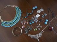 kolczyki, naszyjniki / używana biżuteria