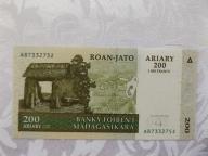MADAGASKAR 200 ARIARY 2004 r. STAN  UNC