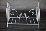 łóżeczko siedzisko do sesji zdjęciowej metalowe