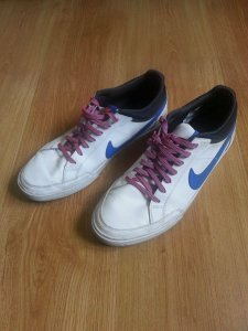buty Nike Main Draw r. 42 białe fluo sznurówki