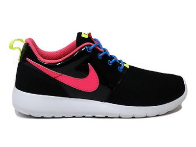 fb252c02c41e Nike buty damskie ROSHE RUN 599729 011 - 6265399184 - oficjalne ...