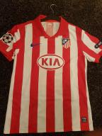 Licytuj koszulkę Atletico- Pomóż Bartkowi!