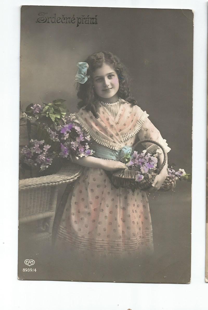 PArt-32-11-Dziecko z kwiatami-z lat 1900-15