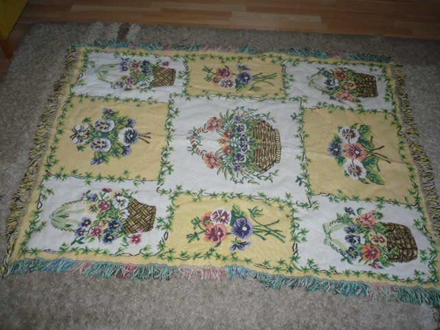 stara duża piękna gruba tkanina ok.155x125 cm