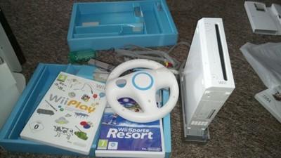Nintendo Wii z dodatkami