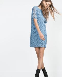 KORONKOWA sukienka ZARA niebieski kolor