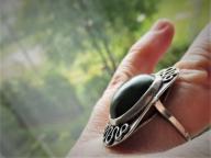 S-nia Metaloplastyka duży pierścionek z nefrytem