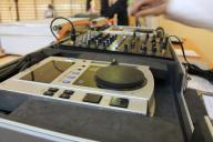 Pioneer cdj 100+ Behringer djx 750+CASE !! Zestaw!